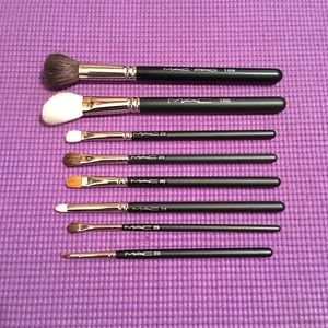 MAC Cosmetics Brush Lot - Discontinued